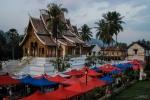Tempel und Night Market