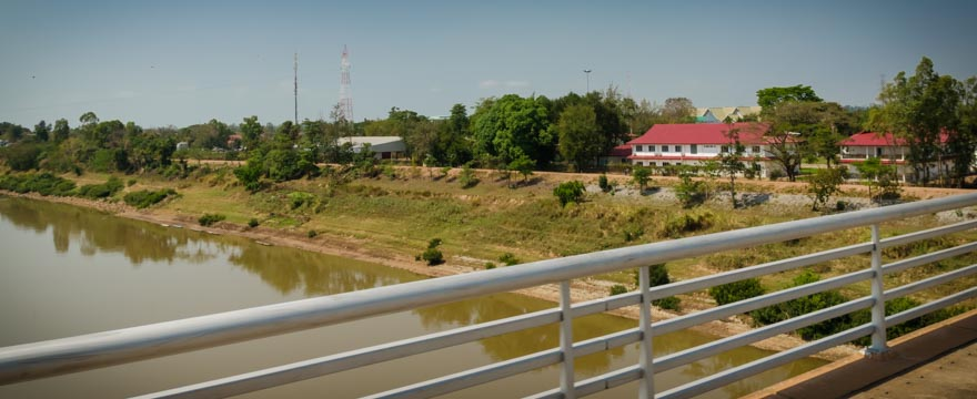 Laos von der Friendship Bridge